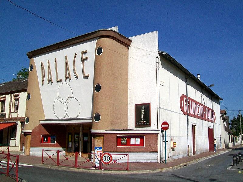 Photo du Monument Historique Cinéma Le Palace situé à Beaumont-sur-Oise