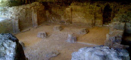 Photo du Monument Historique Ancienne abbaye Notre-Dame d'Argenteuil situé à Argenteuil
