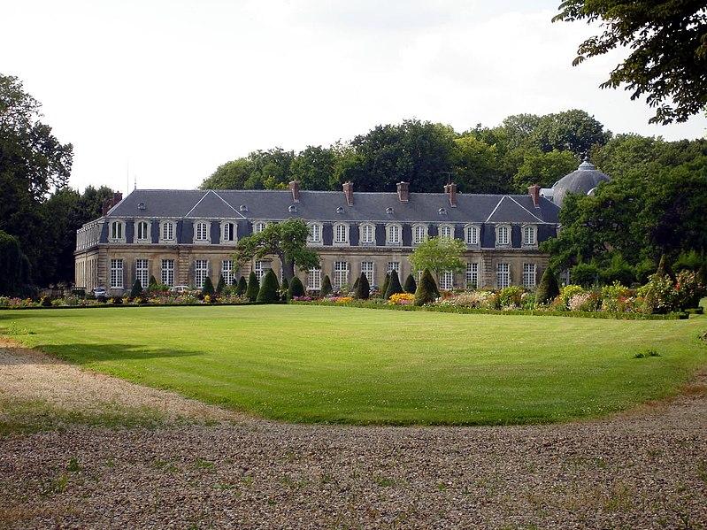 Photo du Monument Historique Château situé à Arnouville-lès-Gonesse