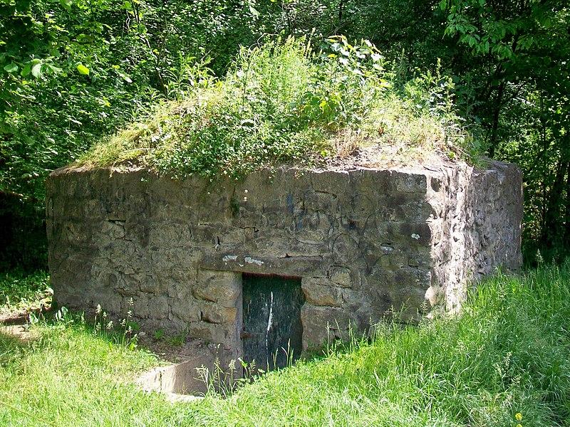 Photo du Monument Historique Réseau d'adduction d'eau de l'abbaye de Royaumont, dénommé Fontaine aux Moines situé à Viarmes