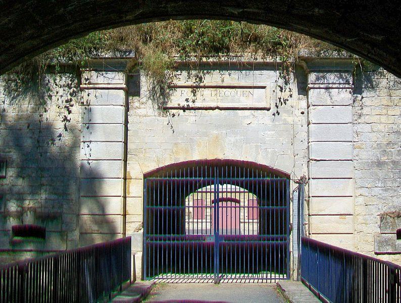 Photo du Monument Historique Fort d'Ecouen situé à Ecouen