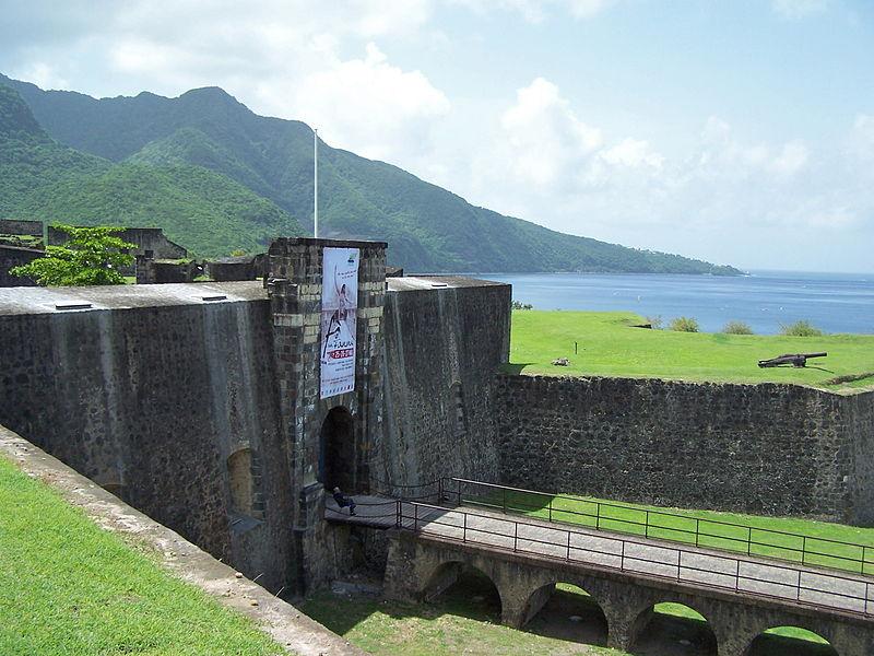 Photo du Monument Historique Fort Saint-Charles, Fort Richepance ou Fort Delgrès, puis laboratoire de vulcanologie situé à Basse-Terre