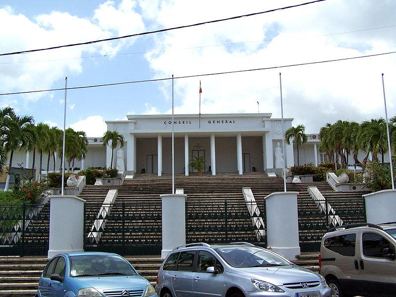 Photo du Monument Historique Palais du Conseil Général situé à Basse-Terre