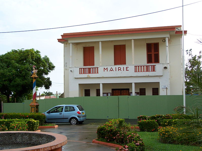 Photo du Monument Historique Mairie situé à Pointe-Noire