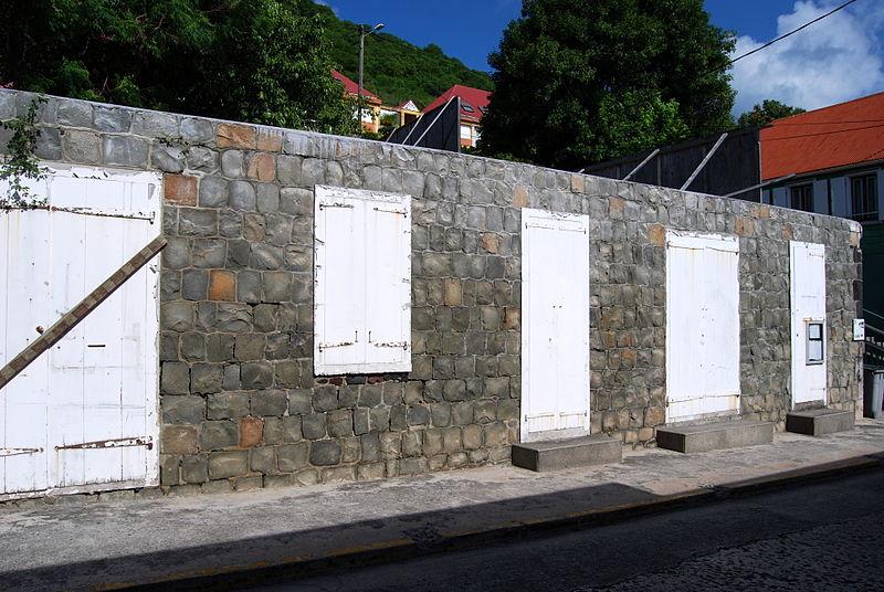 Photo du Monument Historique Maison des Gouverneurs, actuellement hôtel de ville de Gustavia situé à Saint-Barthélemy