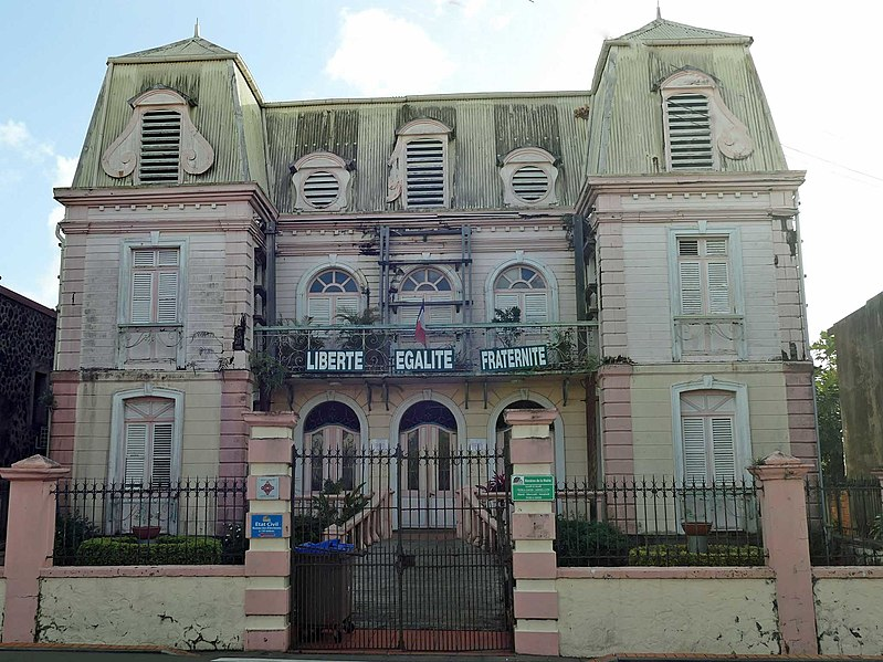 Photo du Monument Historique Mairie situé à Saint-Esprit