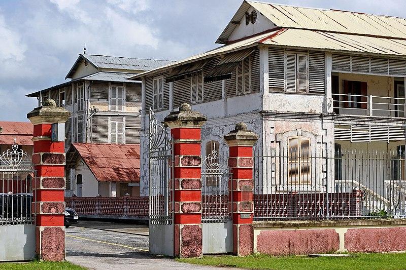 Photo du Monument Historique Ancien hôpital André-Bouron situé à Saint-Laurent-du-Maroni