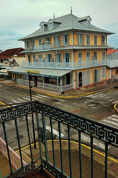 Photo du Monument Historique Immeuble dit Bar des Palmistes ou Maison Thémire situé à Cayenne