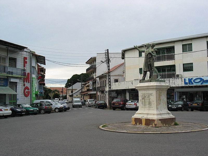 Photo du Monument Historique Statue de Victor Schoelcher situé à Cayenne