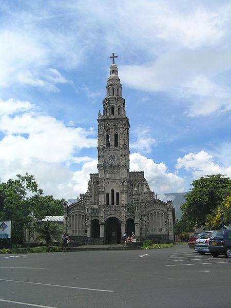 Photo du Monument Historique Eglise Sainte-Anne situé à Saint-Benoît
