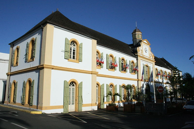 Photo du Monument Historique Hôtel de ville situé à Saint-Pierre