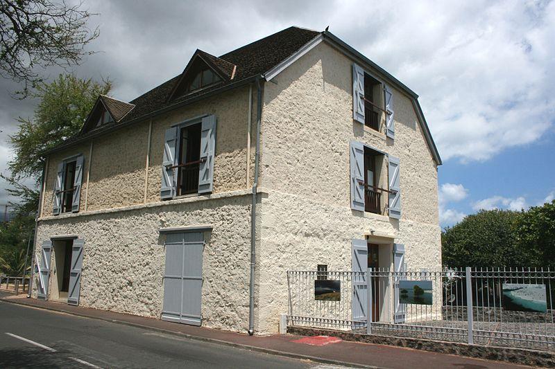 Photo du Monument Historique Entrepôt Kerveguen situé à Saint-Pierre