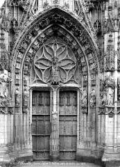 Eglise Saint-Vulfran ou ancienne collégiale - Porte droite