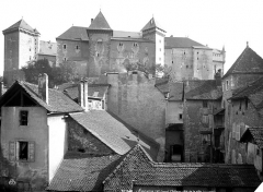 Château - Ensemble, côté de la ville