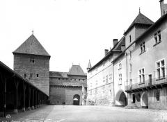 Château - Cour intérieure