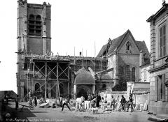 Eglise (collégiale) Saint-Pierre et Saint-Paul - Façade sud