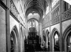 Eglise Saint-Germain - Nef, vue de la tribune