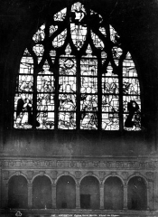 Eglise Saint-Martin - Vitrail du choeur