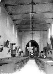 Eglise Notre-Dame - Intérieur : nef, vue de l'entrée