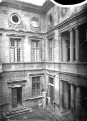 Hôtel de ville - Façade sur la cour