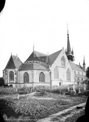 Eglise Notre-Dame-de-la-Couture - Ensemble, côté de l'abside et cimetière