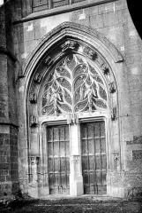 Eglise Notre-Dame-de-la-Couture - Portail ouest