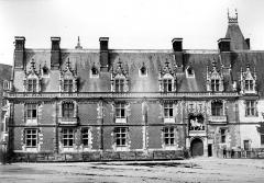 Château de Blois - Façade Louis XII, état après restauration