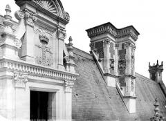 Château de Blois - Partie François Ier : porte et cheminée, état après restauration