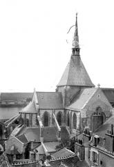 Eglise Saint-Nicolas-Saint-Lomer - Abside et tour centrale