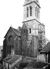 Eglise - Abside et clocher, échafaudage