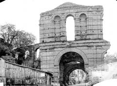Restes de l'amphithéatre dit Palais Gallien - Ensemble
