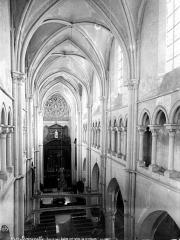 Eglise Notre-Dame - Intérieur : nef, vue prise de la tribune