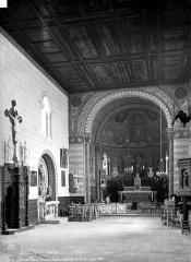Eglise Saint-Siméon - Intérieur : nef, vers le choeur