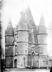 Château de Carrouges - Châtelet, ensemble