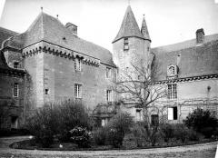 Château de Carrouges - Façade sur cour