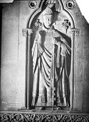 Eglise Saint-Nazaire - Tombeau de l'évêque Radulphe, détail