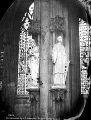 Eglise Saint-Nazaire - Intérieur : statues des piliers du choeur dont saint Laurent