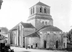 Eglise Saint-Nicolas - Ensemble sud-est, groupe de villageois