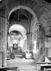Eglise paroissiale Saint-Jean d'Abbetot - Intérieur : nef, vue de l'entrée