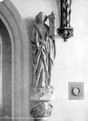 Château et ses abords - Chapelle, intérieur : statue de sainte Barbe