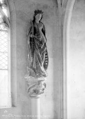 Château et ses abords - Chapelle, intérieur : statue de sainte Catherine