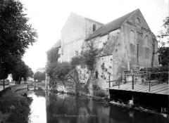 Ancienne église Saint-André - Ensemble, côté rivière avec restes de départ d'arches de pont