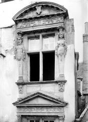 Maison dite du Médecin Huvé - Fenêtre du 2nd étage