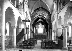 Eglise Saint-Saturnin - Vue intérieure de la nef vers le choeur