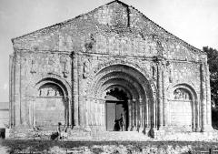 Eglise Saint-Martial - Façade ouest