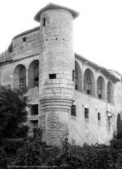 Ancien prieuré - Tourelle d'angle
