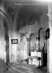 Eglise Saint-Pierre - Vue intérieure du choeur, vers le nord