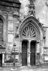 Eglise Sainte-Foy - Portail de la façade ouest