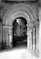 Eglise Saint-Aignan - Portail de la façade ouest