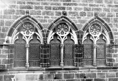 Maison du Grand Fauconnier - Fenêtres du 1er étage